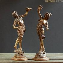 Set van 2 beelden in brons L&F