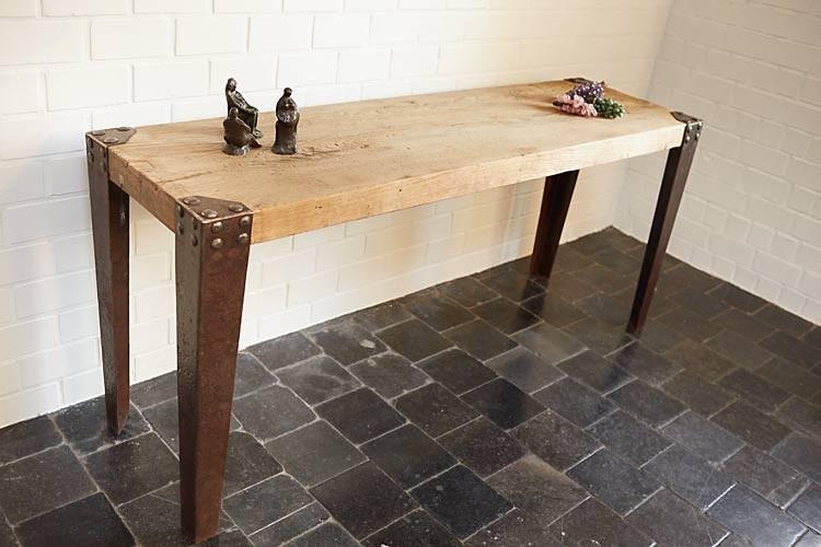 console en bois massif et fer meubles d coration les. Black Bedroom Furniture Sets. Home Design Ideas
