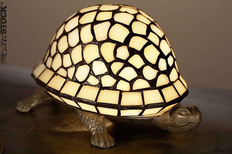 Lampe tiffany tortue les plus belles lampes tiffany - Lampe chauffante tortue ...