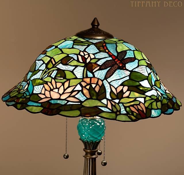 lampe tiffany lotus les plus belles lampes tiffany. Black Bedroom Furniture Sets. Home Design Ideas