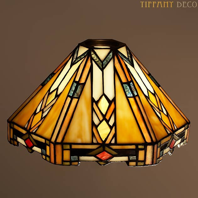 abat jour tiffany art d co cloche les plus belles lampes tiffany. Black Bedroom Furniture Sets. Home Design Ideas