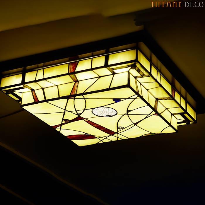 plafonnier tiffany mission les plus belles lampes tiffany. Black Bedroom Furniture Sets. Home Design Ideas