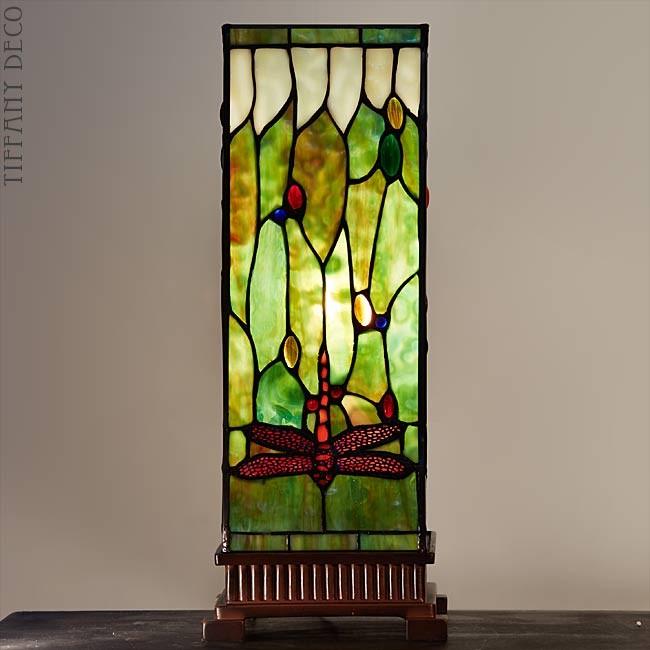 lampe tiffany carr libelulle medium les plus belles lampes tiffany. Black Bedroom Furniture Sets. Home Design Ideas