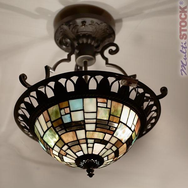 lampe suspendue carreaux plafonniers lampes tiffany les plus belles lampes tiffany. Black Bedroom Furniture Sets. Home Design Ideas